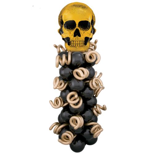 Стойка из шаров с золотым черепом