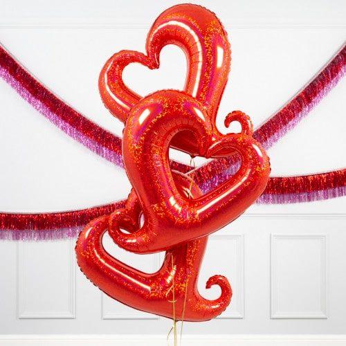 Связка из 3 шаров Сердца вензель Красный