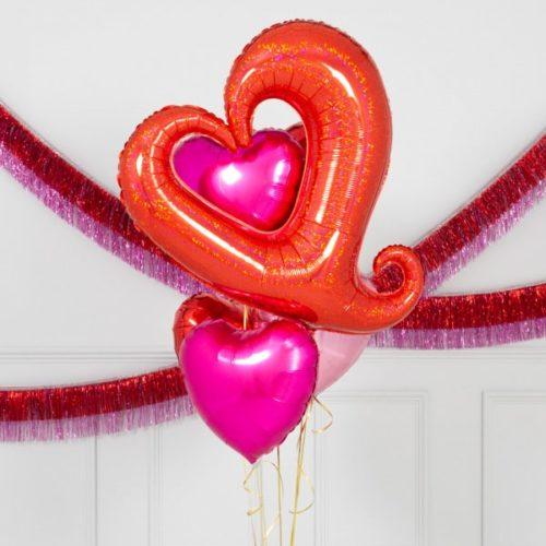 Связка из шаров Сердце вензель и сердца 4 штуки