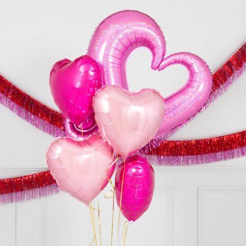Связка из шаров Сердце вензель и сердца 5 штук