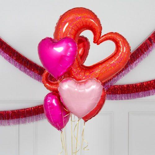 Связка из шаров Сердце вензель и сердца 6 штук