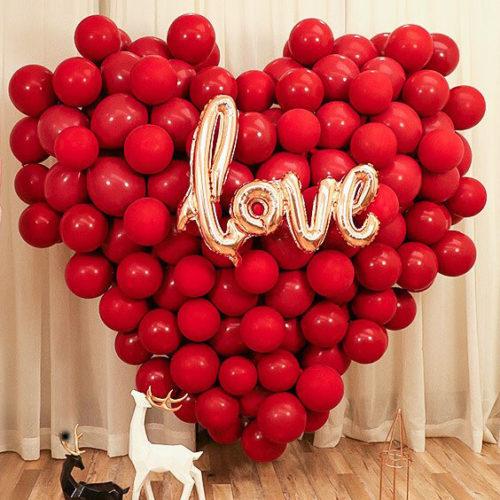 Сердце из шаров и Надпись