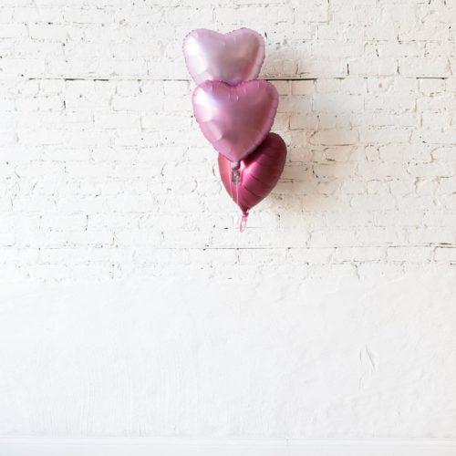 Фонтан из 3 шаров розовые тона Сердца сатин