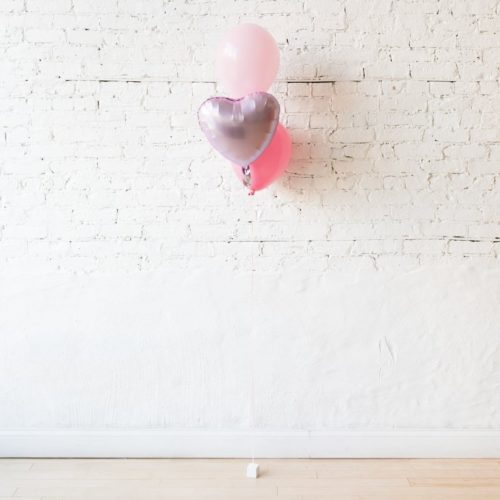 Фонтан из 3 шаров розовые тона с сердцем
