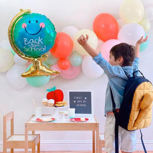 Комплеккт для фотосессии и воздушных шаров на 1 сентября с Гирляндой и глобусом