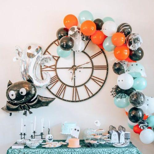Фотозона из воздушных шаров на Хеллоуин Гирлянда и Летучая мышь