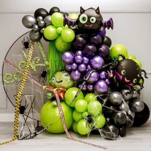 Фотозона из воздушных шаров на Хеллоуин Ужастики