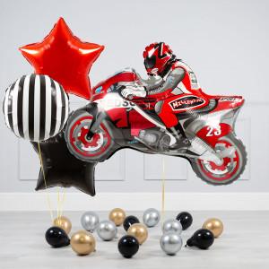 Комплект из воздушных шаров Мотоциклист Звезды и шары на пол