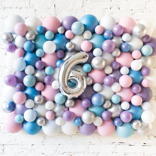 Панно из шаров Перламутровые тона с Цифрой 6