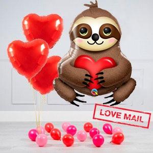 Комплект из воздушных шаров Влюбленный ленивец Сердца и шары на пол