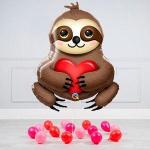 Комплект из воздушных шаров Влюблённый ленивец и шары на пол