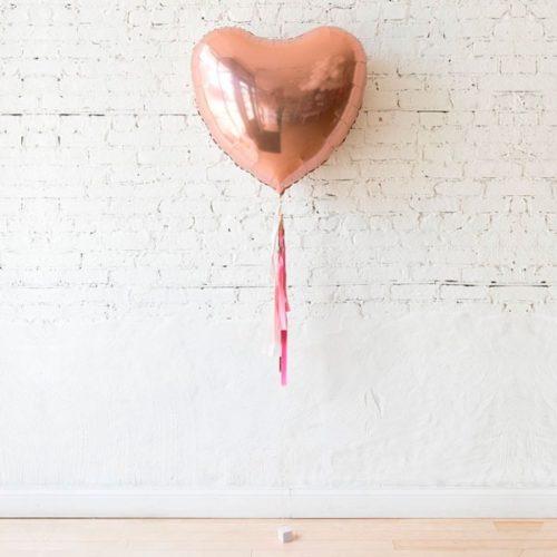 Сердце 81 см Розовое золото с гирляндой тассел на грузе на День Святого Валентина