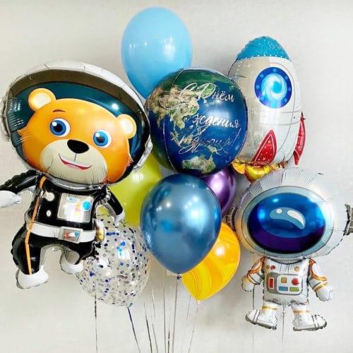 Связка из воздушных шаров Микс и Космонавты
