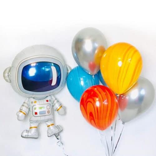 Связка из воздушных шаров Микс и Космонавт