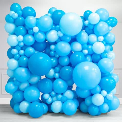 Стена Ассорти из воздушных шаров Голубые тона