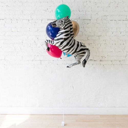Фонтан из 5 воздушных шаров Зебра