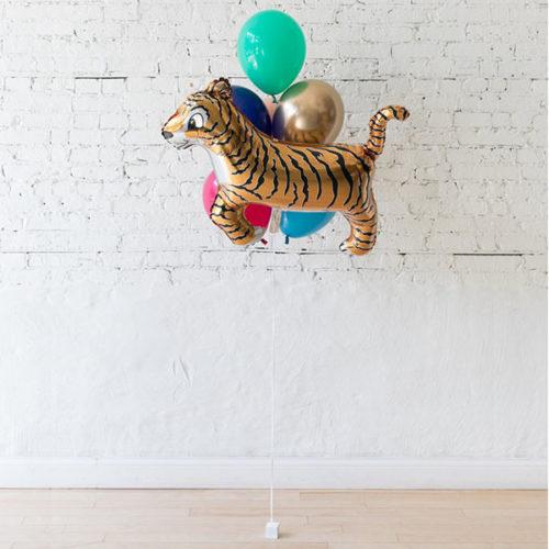 Фонтан из 5 воздушных шаров и Тигр