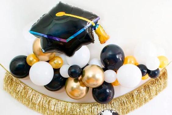 Арки и Гирлянды из шаров для оформления Выпускного в Школе