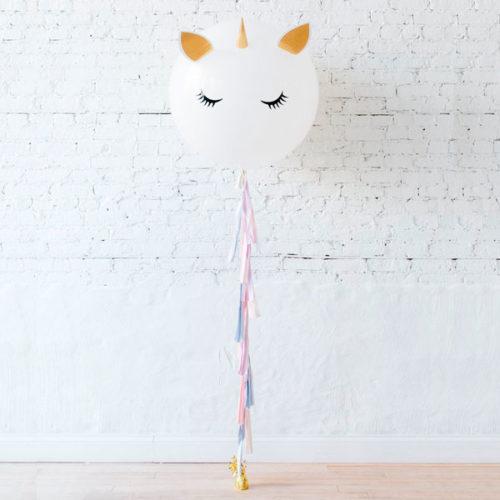 Большой шар Единорог нежный с грузиком и гирляндой Тассел