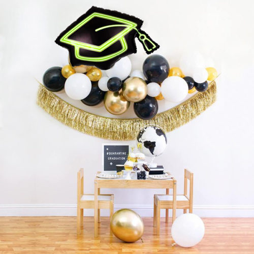 Гирлянда из воздушных шаров Выпускник Шапочка