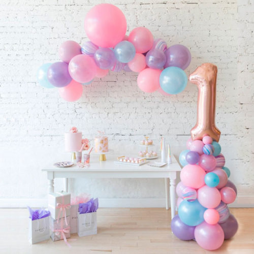 Комплект шаров гирлянда и стойка с цифрой 1 Единорог Нежность