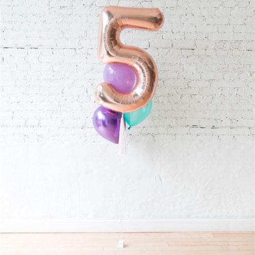 Фонтан из 3 шаров Ассорти и шар Цифра 5 Комплект Милая Русалочка